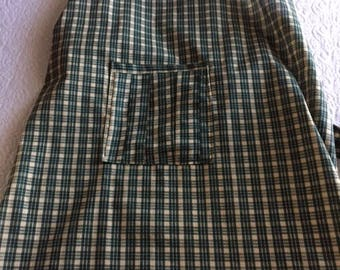 Green Plaid Apron with flowers and detailed pocket