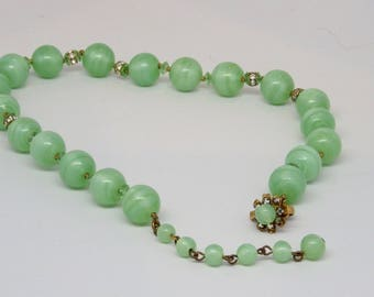 Miriam Haskell signed green glass bead vintage necklace