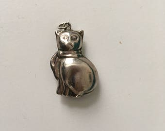 Cat Pendant / Necklace / Charm / Cats / Kitten / Collectibles