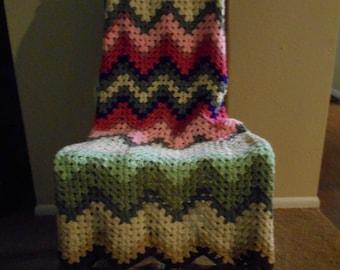 V-Stitch Ripple Blanket