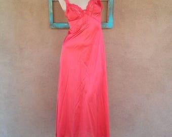 ON SALE Vintage 1970s Goddess Red Nightgown 70s Nightie Gown Vassarette Small B34