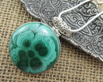 Malachite sterling silver pendant/necklace