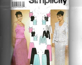 Simplicity Misses' Tops, Jacket and Flared and Slim Skirt Pattern 7010