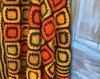 SALE- Vintage Afghan Blanket-Retro Seventies-Granny Square