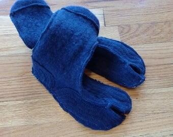 split toe slippers (tabi socks) US 6-7.5 Euro 37-38