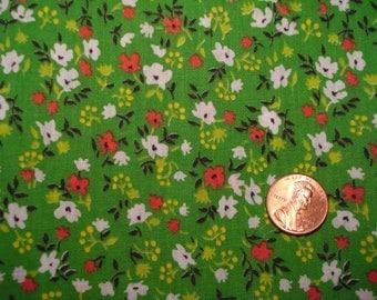 Quarter yard TINY PRINT vintage fabric GREEN floral Blythe Doll dress sewing