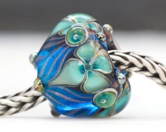 Victorian Style Ornate Floral Flourish Lustre Bead Handcrafted Lampwork Glass European Charm Big Holed by Clare Scott SRA