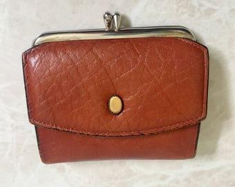Princess Gardner brand Vintage Calfskin Leather Wallet/Coin Purse in Red Dirt color - 1960s
