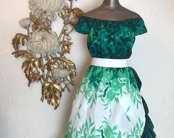 1970s dress off the shoulders Hawaiian dress royal creations aloha dress island dress time dress green dress size medium