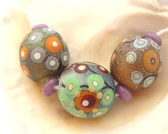3 Big Silvered Etched Beads & 4 Fuchsia Spacers Handmade Lampwork
