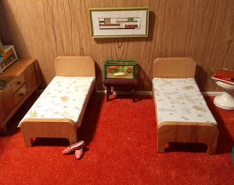 Pair of Dol Toi Wooden Children's Beds 1 to 16 or 1 to 18 Scale