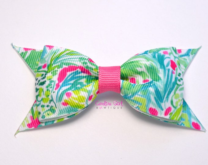 "Green Jungle Bow ~ 3.5"" Hairbow ~ Lilly Inspired ~ Small Hair Bow ~ Girls Barrette ~ Toddler Bow ~ Hair Clip ~ Girls Hair Bow"