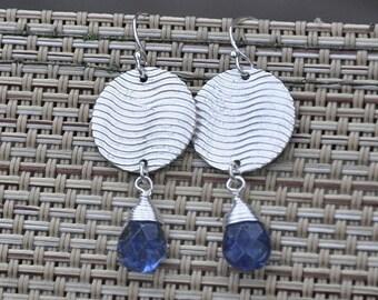 Dangle Earrings, Sterling silver, Bluberry quartz, Gemstone Earrings, Blue earrings, Summer Fashion, Circle earrings