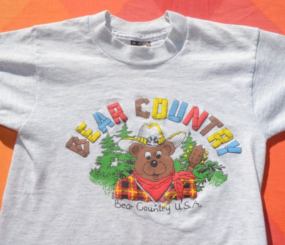 90s vintage kid's tee BEAR COUNTRY usa dakota rainbow nature t-shirt youth Small 6 8 children's