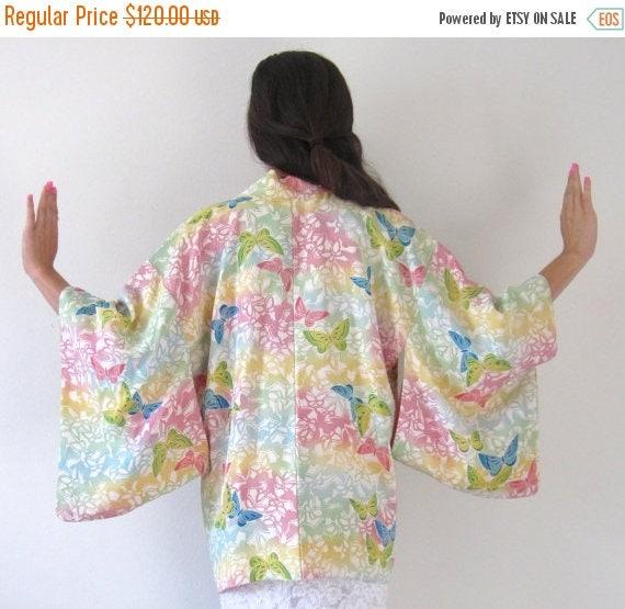 SUMMER SALE / 20% off Vintage 60s 70s Pastel Butterfly Kimono