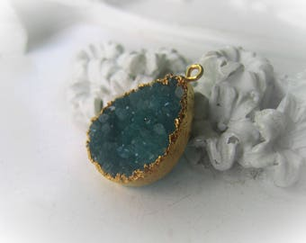 Emerald Druzy Pendant Green Teardrop Pendant Drusy Pendant May Birthstone Item No. 4423-0582-13-0263