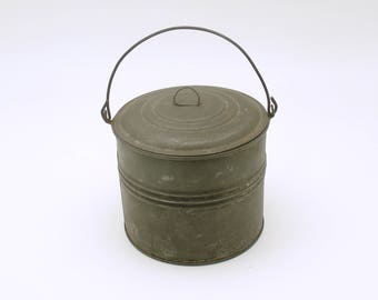 Antique Metal Child's Lunch Pail Berry Bucket Small Size Primitive Tinware