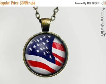 ON SALE - American Flag : Glass Dome Necklace, Pendant or Keychain Key Ring. Gift Present metal round art photo jewelry by HomeStudio