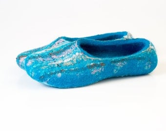 Womens slippers Warm wool slippers for women Bright Turquoise slippers decorated with recycled cotton scarf