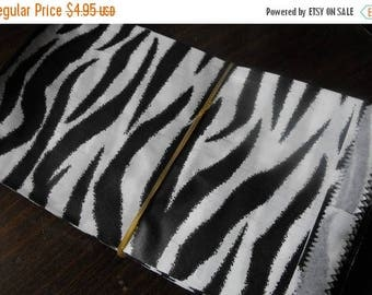 STOREWIDE SALE 100 Pack 4 X 6 Inch Black and White Zebra or Tiger Striped Flat Paper Merchandise Bags