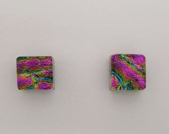 Single dichroic glass earring