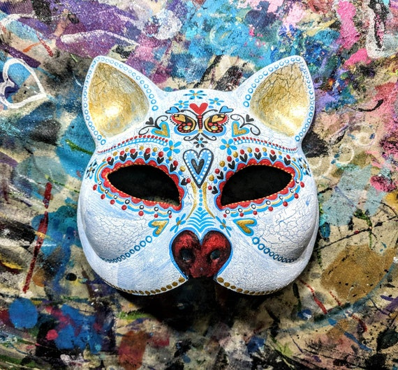 White Cat: Hand painted plastic cat mask Cat face Masquerade mask