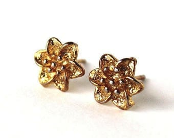 HALF PRICE SALE Flower 22 kt gold plated post earrings Last One