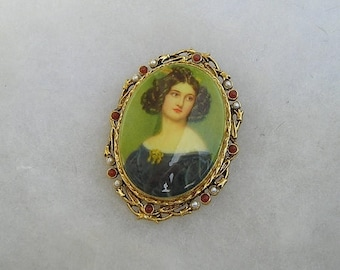 ON SALE Pretty Signed Art Cameo Portrait Pin With Faux Pearls & Carnelian Colored Stones