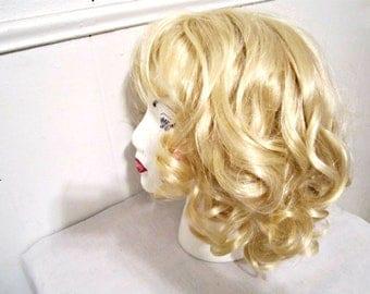 Ladies Wig, Platinum Blonde Wig, Synthetic Fiber Wig, Costume Wig, Marilyn Monroe wig, Medium length wig
