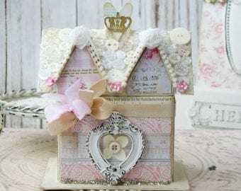Paper Mache House / Shabby Chic style / Box / Shabby chic Decoration / Paper Mache Box / house / Paper Mache House box / Paper Mache house