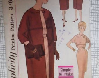 """1960s Dress, Coat & Scarf - 34"""" Bust - Simplicity 4072 - Vintage Retro Sewing Pattern"""
