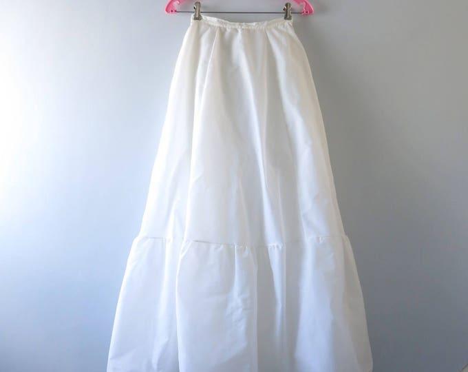 Vintage White Petticoat | 1960s White Bridal Petticoat | 60s Wedding Bridal Nylon Tulle XS