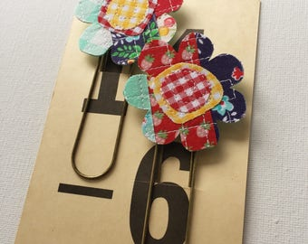 Set of Two Scrappy Flower Planner Clips