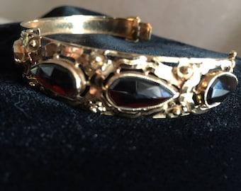 golden bracelet vintage