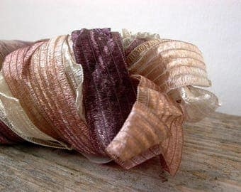 ribbon yarn . feza yarns lydia . cafe au lait 304 . 74yd 50g . super bulky wide silky ribbon art yarn . cream mahogany brown tan beige