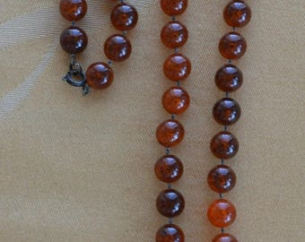 """On sale Pretty Vintage 9mm Faux Amber Plastic Beaded Necklace, 30"""" (AH15)"""