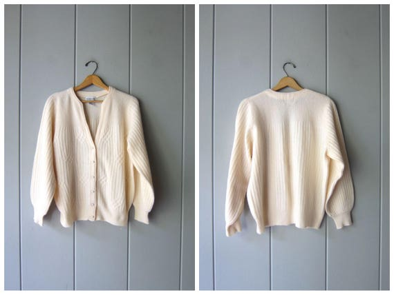 Vintage 80s Cardigan Sweater White Lambswool & Angora Sweater Oversized Ribbed Sweater Top Preppy Wool Sweater Pearl Buttons Womens Medium