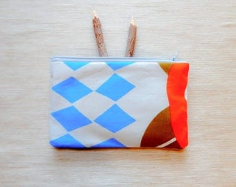 Make Up Bag/ Marimekko Gift for Her/ Coworker Gift/ Sister Gift/ Christmas Gift for Women/ Gift for Girlfriend/ BFF Gift/ Pencil Case/ Pouch