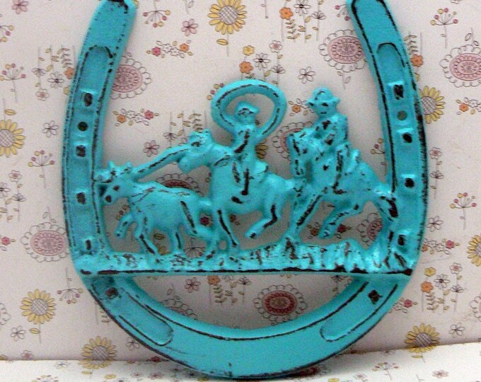 Horse Shoe Cast Iron Cowboy Country Roundup Scene Turquoise Wall Home Decor