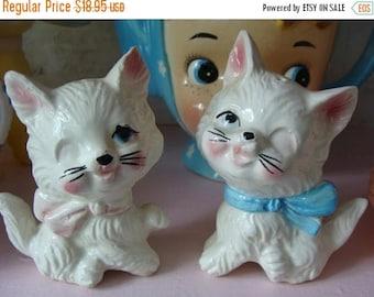 ONSALE Vintage Kitsch Darling Vintage Kitty salt and pepper shakers