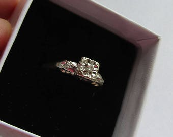 Antique Diamond Engagement Ring in 2 tone 14K Gold, 1930s style, size 8.5, free US first class shipping on vintage items