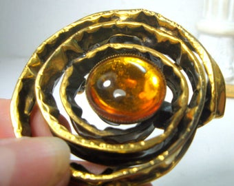 Brutalist Handmade Brass Brooch, Large Modernist Artsy Pin, Industrial Coiled Spiral w Amber Glass Center Cabochon, 1970s