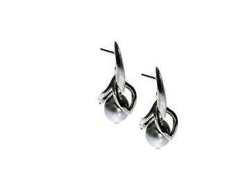 South Sea Blossoms Earrings