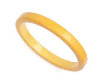 Medium Yellow Bakelite Bangle Bracelet Stacking Bracelet Creamed Corn Color Vintage