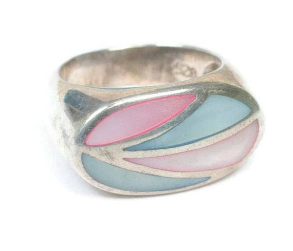 Vintage MOP Ring Channel Inlay Setting Pink Blue Shell Sterling Silver Size 7.5