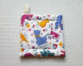 vintage fabric colorful cats hand quilted insulated potholder with loop to hang