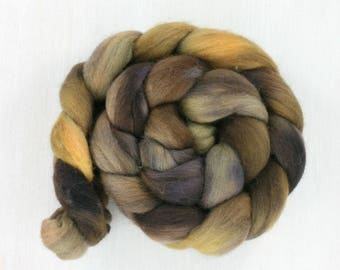 FALKLAND handpainted Roving Combed Top: Terrain