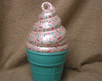 Swirled Marshmallow Sprinkle Party Delight Cookie Jar Turquoise Bottom