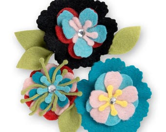 Sizzix Thinlits Stitchy Flowers and Leaf