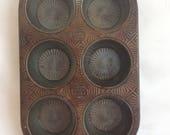 Vintage Ovenex Ekco Starburst Muffin Pan